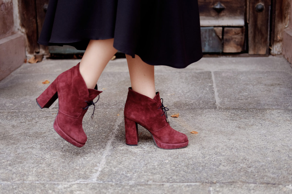 Breaking in New Shoes – A How-To Guide
